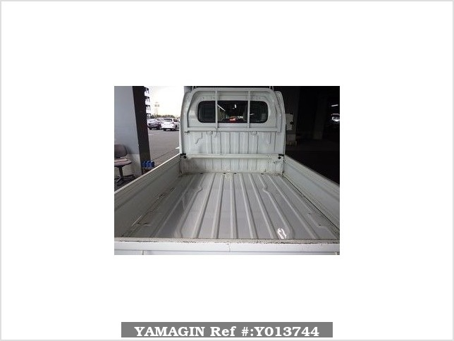 It is a picture of the white suzuki carry  in 2008,Sub Photo 2 Stock No.Y013744