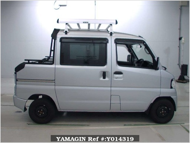 It is a picture of the silver mitsubishi minicab deck van in 2013,Sub Photo 12 Stock No.Y014319