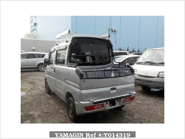 It is a picture of the silver mitsubishi minicab deck van in 2013,Sub Photo 1 Stock No.Y014319