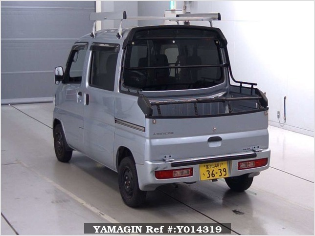 It is a picture of the silver mitsubishi minicab deck van in 2013,Sub Photo 11 Stock No.Y014319