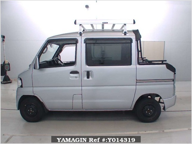It is a picture of the silver mitsubishi minicab deck van in 2013,Sub Photo 13 Stock No.Y014319
