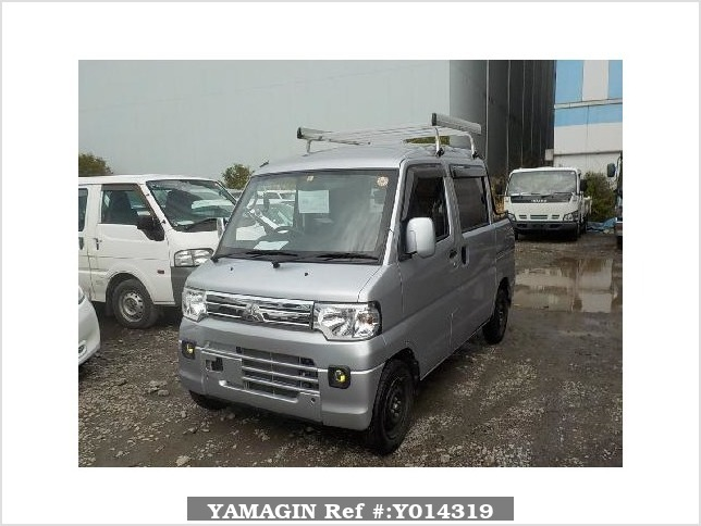 It is a picture of the silver mitsubishi minicab deck van in 2013,Sub Photo 0 Stock No.Y014319