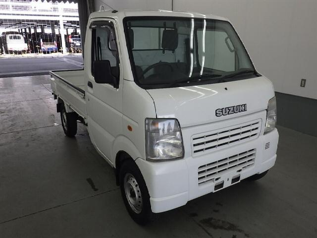It is a picture of the white suzuki carry  in 2008,First Photo Stock No.Y014512