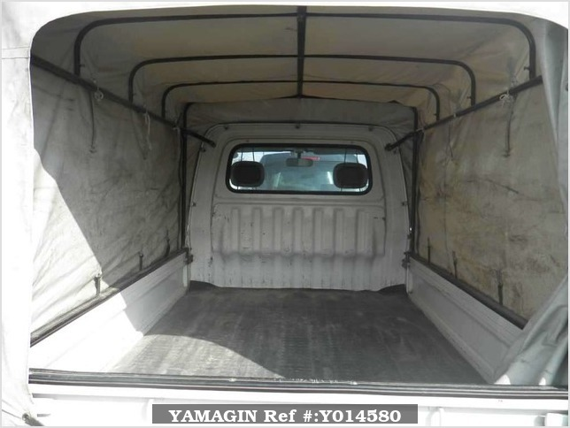 It is a picture of the white daihatsu hijet  in 2000,Sub Photo 9 Stock No.Y014580