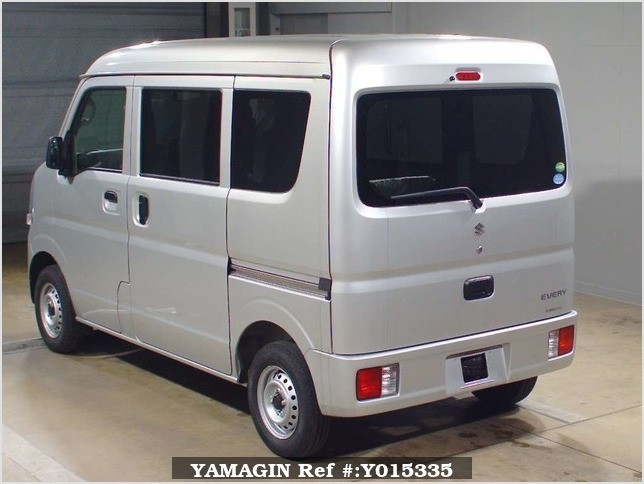 It is a picture of the silver suzuki every in 2017,Sub Photo 1 Stock No.Y015335
