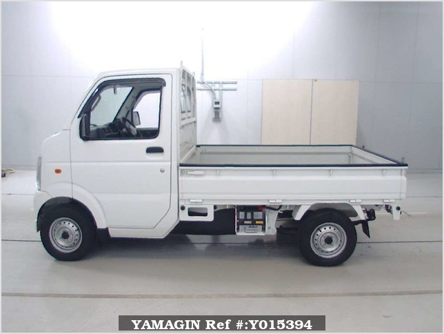 It is a picture of the white suzuki carry truck in 2010,Sub Photo 3 Stock No.Y015394