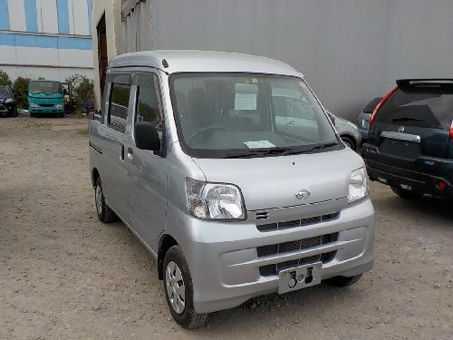 It is a picture of the silver daihatsu hijet deck van in 2013,First Photo Stock No.Y015494