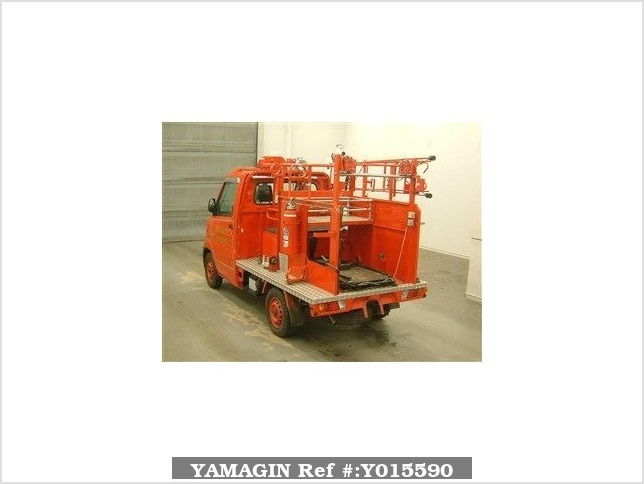 It is a picture of the  red  color substitution  have  mitsubishi minicab in 1999,Sub Photo 1 Stock No.Y015590