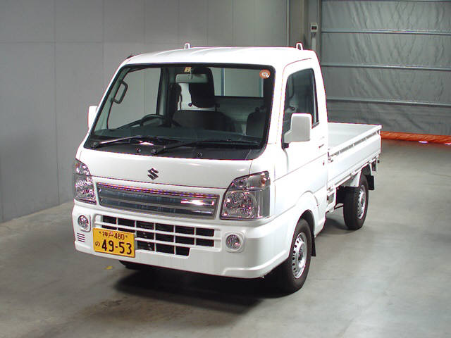 It is a picture of the white suzuki carry  in 2017,First Photo Stock No.Y015635