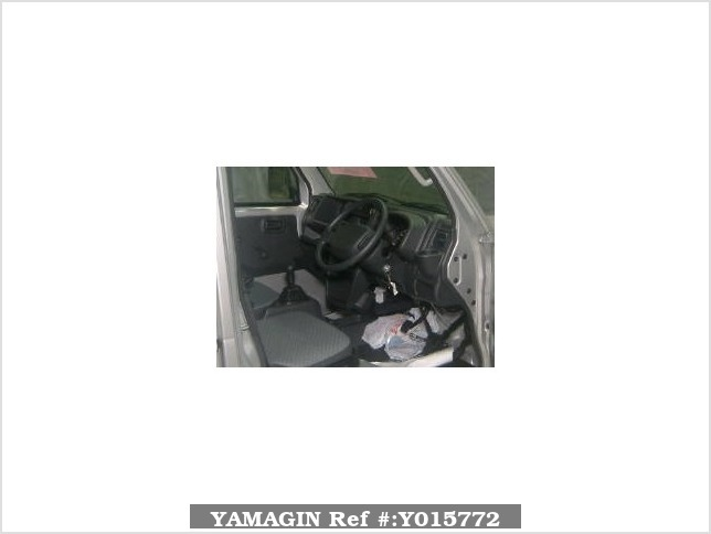 It is a picture of the silver suzuki carry  truck in 2016,Sub Photo 2 Stock No.Y015772