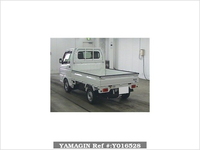 It is a picture of the white suzuki carry  truck in 2016,Sub Photo 1 Stock No.Y016528
