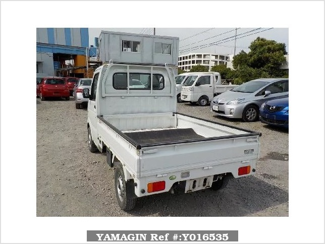 It is a picture of the white suzuki carry  truck in 2008,Sub Photo 3 Stock No.Y016535