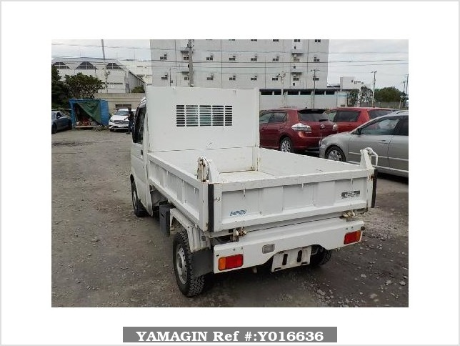 It is a picture of the white suzuki carry dump in 2012,Sub Photo 4 Stock No.Y016636