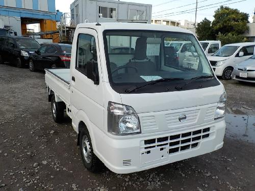 It is a picture of the white nissan nt100 clipper truck in 2018,First Photo Stock No.Y016885