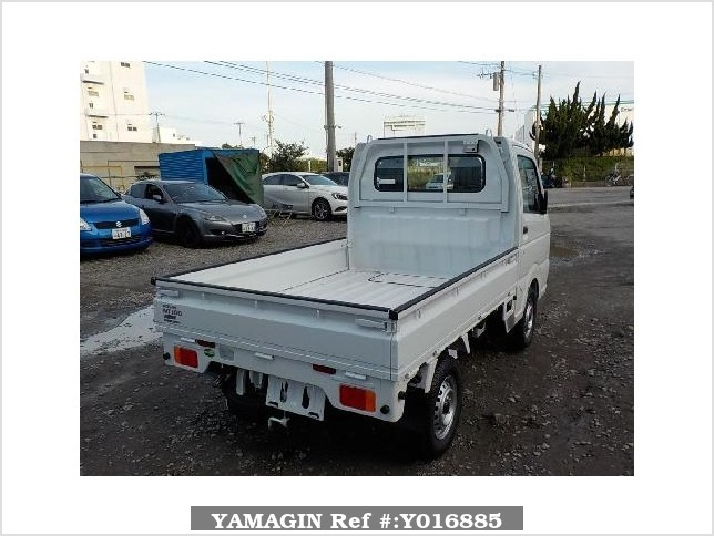 It is a picture of the white nissan nt100 clipper truck in 2018,Sub Photo 2 Stock No.Y016885
