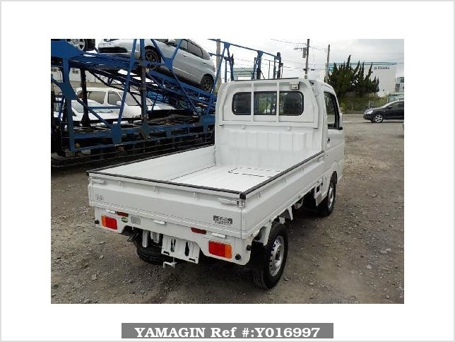 It is a picture of the white suzuki carry truck in 2017,Sub Photo 2 Stock No.Y016997