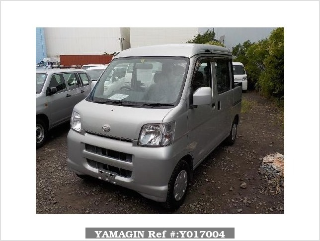 It is a picture of the silver daihatsu hijet  deck van in 2005,Sub Photo 1 Stock No.Y017004
