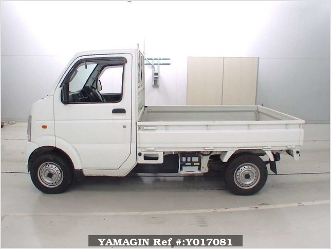 It is a picture of the white suzuki carry  truck in 2006,Sub Photo 3 Stock No.Y017081
