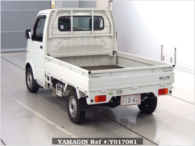 It is a picture of the white suzuki carry  truck in 2006,Sub Photo 1 Stock No.Y017081