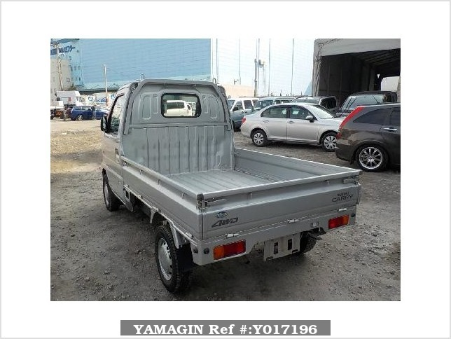 It is a picture of the silver suzuki carry  truck in 2002,Sub Photo 3 Stock No.Y017196