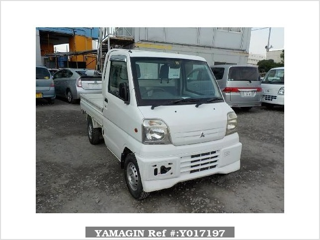 It is a picture of the white mitsubishi minicab truck in 2000,Sub Photo 0 Stock No.Y017197