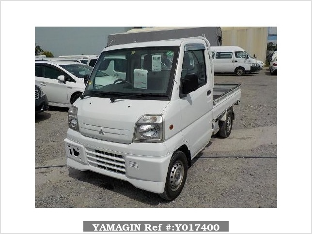 It is a picture of the white mitsubishi minicab truck in 2000,Sub Photo 1 Stock No.Y017400