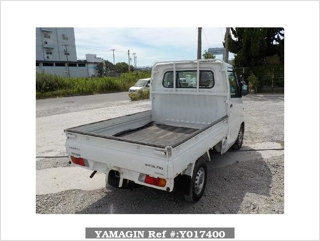 It is a picture of the white mitsubishi minicab truck in 2000,Sub Photo 2 Stock No.Y017400