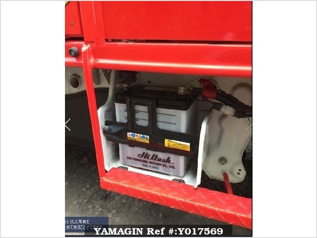 It is a picture of the red suzuki carry fire truck in 2010,Sub Photo 11 Stock No.Y017569
