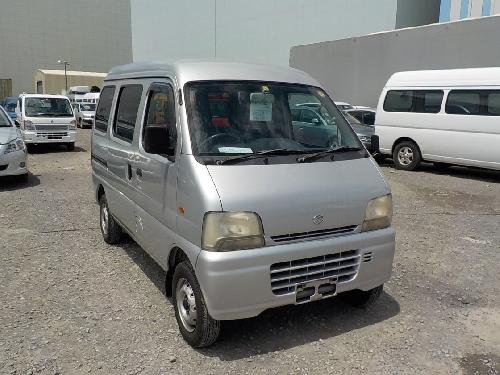 It is a picture of the silver suzuki every passenger van in 2003,First Photo Stock No.Y017570