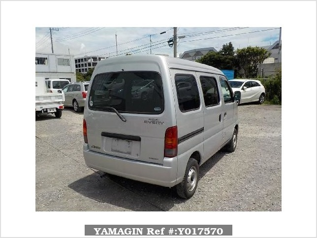 It is a picture of the silver suzuki every passenger van in 2003,Sub Photo 2 Stock No.Y017570