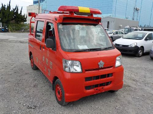 It is a picture of the red daihatsu hijet fire truck in 2006,First Photo Stock No.Y017601