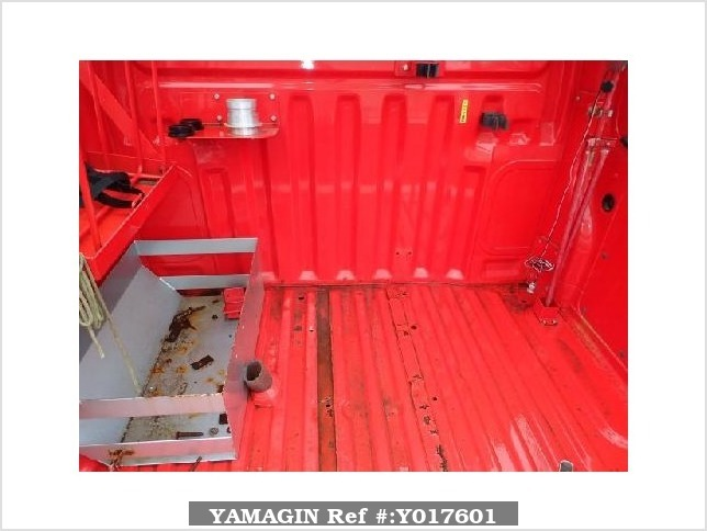 It is a picture of the red daihatsu hijet fire truck in 2006,Sub Photo 12 Stock No.Y017601