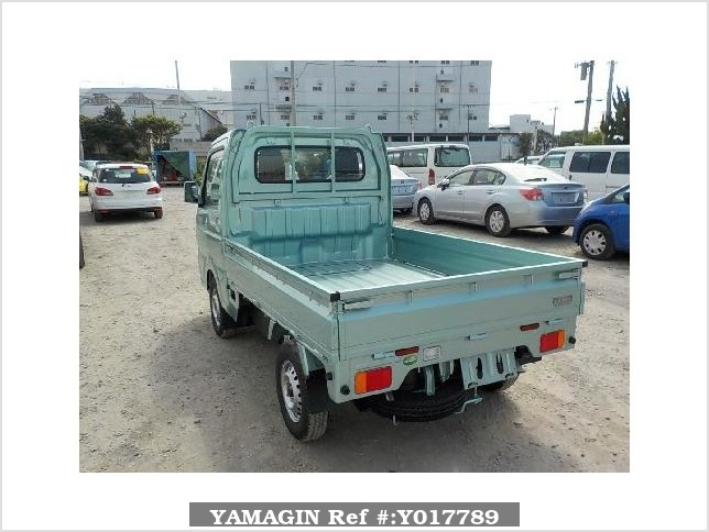 It is a picture of the green suzuki carry truck in 2017,Sub Photo 3 Stock No.Y017789