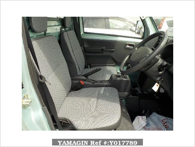 It is a picture of the green suzuki carry truck in 2017,Sub Photo 5 Stock No.Y017789