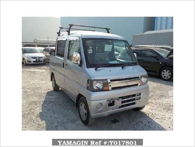 It is a picture of the silver mitsubishi minicab deck van in 2008,Sub Photo 0 Stock No.Y017801