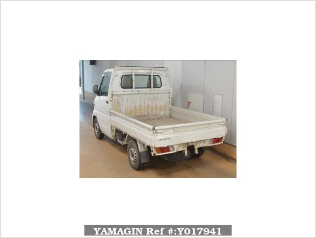 It is a picture of the white mitsubishi minicab in 2000,Sub Photo 1 Stock No.Y017941