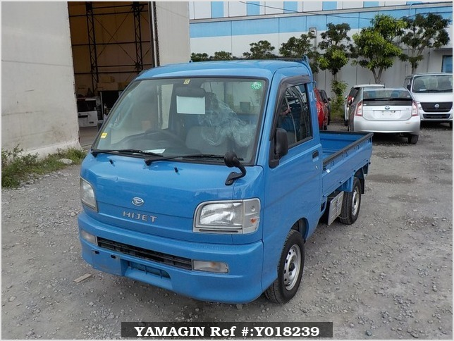 It is a picture of the blue daihatsu hijet  truck in 2000,Sub Photo 1 Stock No.Y018239