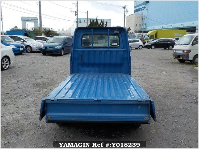It is a picture of the blue daihatsu hijet  truck in 2000,Sub Photo 4 Stock No.Y018239