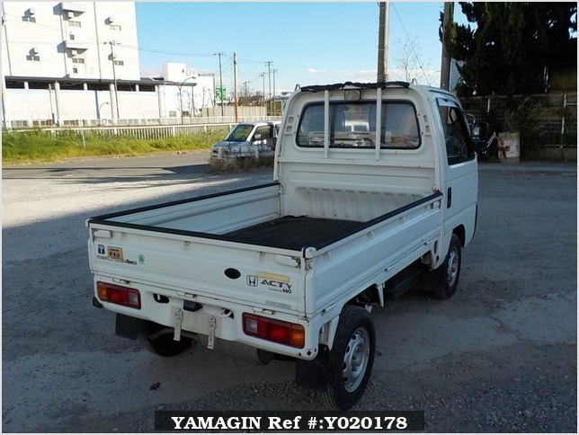 It is a picture of the white honda acty truck in 1991,Sub Photo 2 Stock No.Y020178