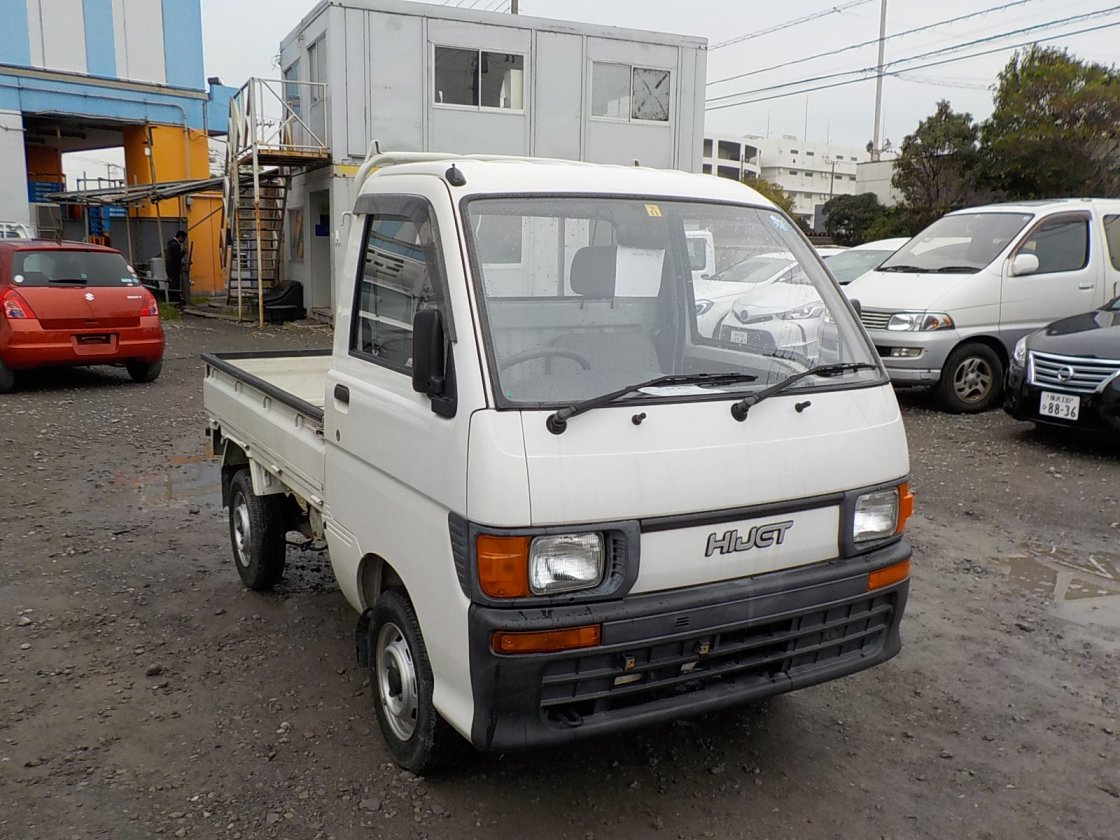 It is a picture of the white daihatsu hijet truck in 1995,First Photo Stock No.Y020203