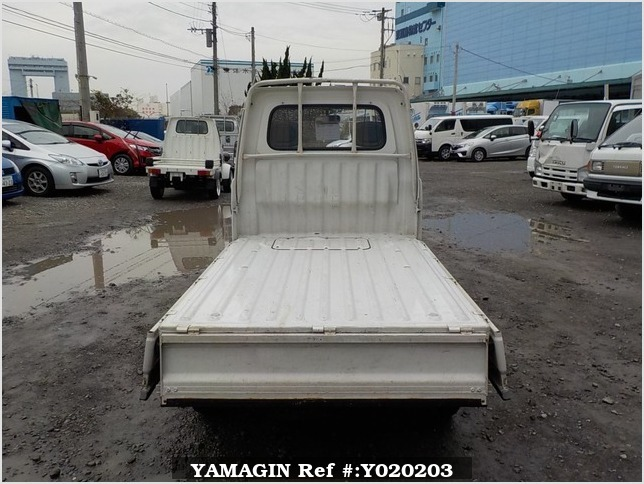 It is a picture of the white daihatsu hijet truck in 1995,Sub Photo 4 Stock No.Y020203