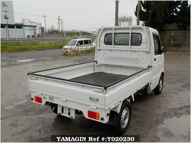 It is a picture of the white suzuki carry truck in 2009,Sub Photo 2 Stock No.Y020230