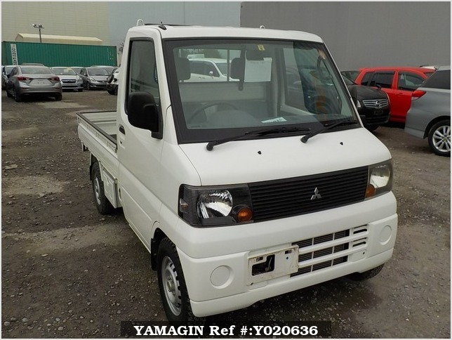 It is a picture of the white mitsubishi minicab truck in 2007,Sub Photo 0 Stock No.Y020636