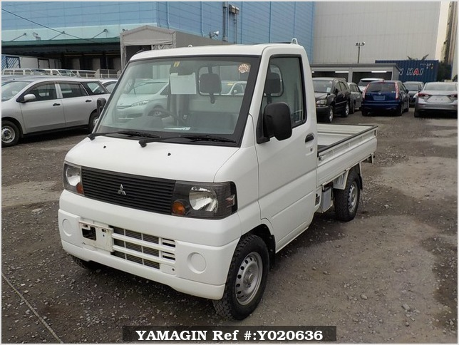 It is a picture of the white mitsubishi minicab truck in 2007,Sub Photo 1 Stock No.Y020636