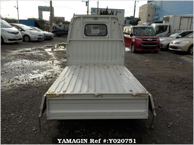 It is a picture of the white mitsubishi minicab truck in 1994,Sub Photo 4 Stock No.Y020751
