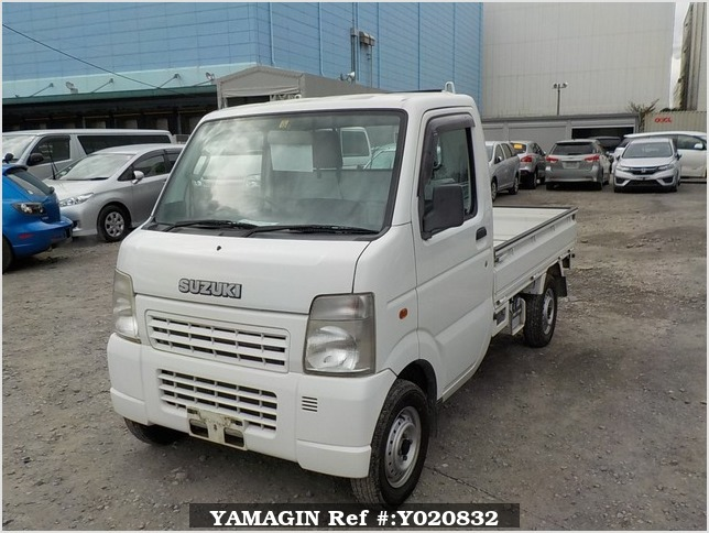 It is a picture of the white suzuki carry truck in 2005,Sub Photo 1 Stock No.Y020832