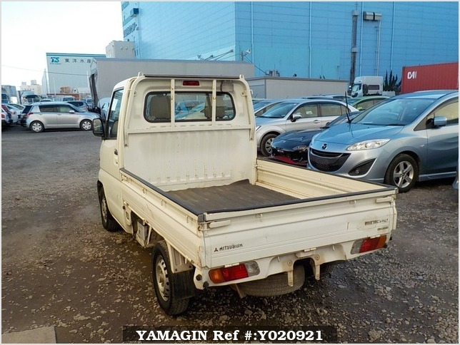 It is a picture of the white mitsubishi minicab truck in 1999,Sub Photo 3 Stock No.Y020921