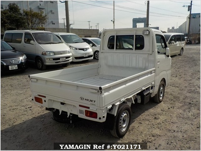 It is a picture of the white daihatsu hijet  truck in 2018,Sub Photo 2 Stock No.Y021171