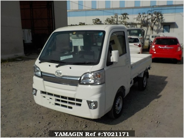 It is a picture of the white daihatsu hijet  truck in 2018,Sub Photo 1 Stock No.Y021171
