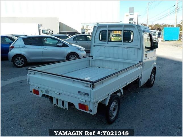 It is a picture of the white suzuki carry truck in 2006,Sub Photo 2 Stock No.Y021348